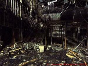 L'edifici on hi havia el centre comercial Central World després de l'incendi provocat del passat 19 de maig. Ploenchit, Bangkok.