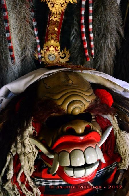 Un dels deixebles de Rangda, els monstres que assisteixen la bruixa i promouen el mal.